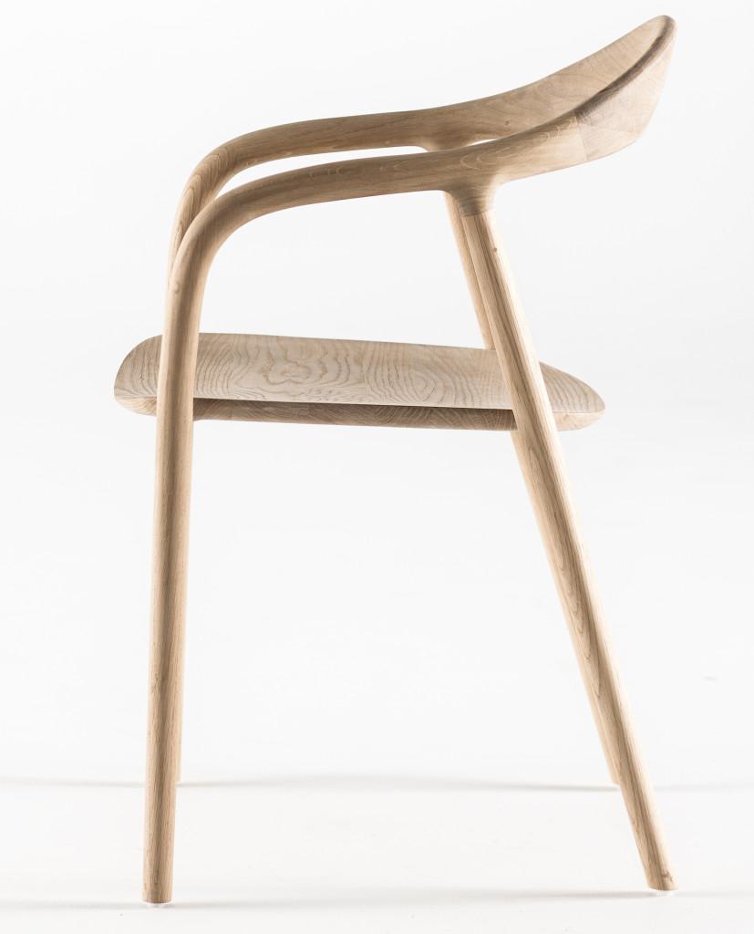 ARTISAN chaise